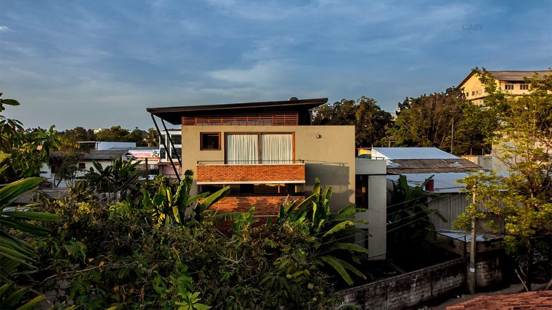ROBUST EXTENTS – Architect's Own House